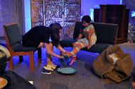 MT 14 Footwashing children